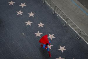Struggling actors moonlight as superheroes in LA