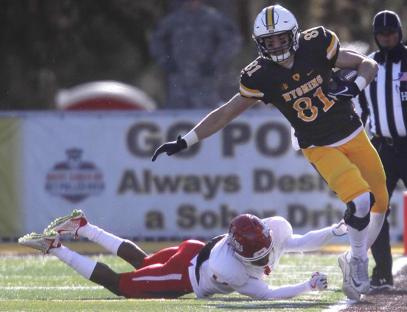 61000686 Former Camel Austin Fort signs free-agent contract with Broncos ...