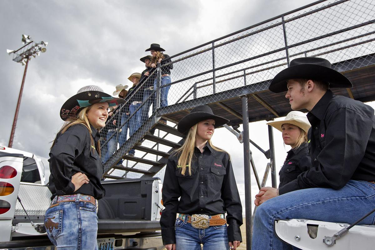 Hs Cowboys Cowgirls Are In Position For State Finals