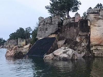 Hitler Rock breaks off at Keyhole, falls into reservoir