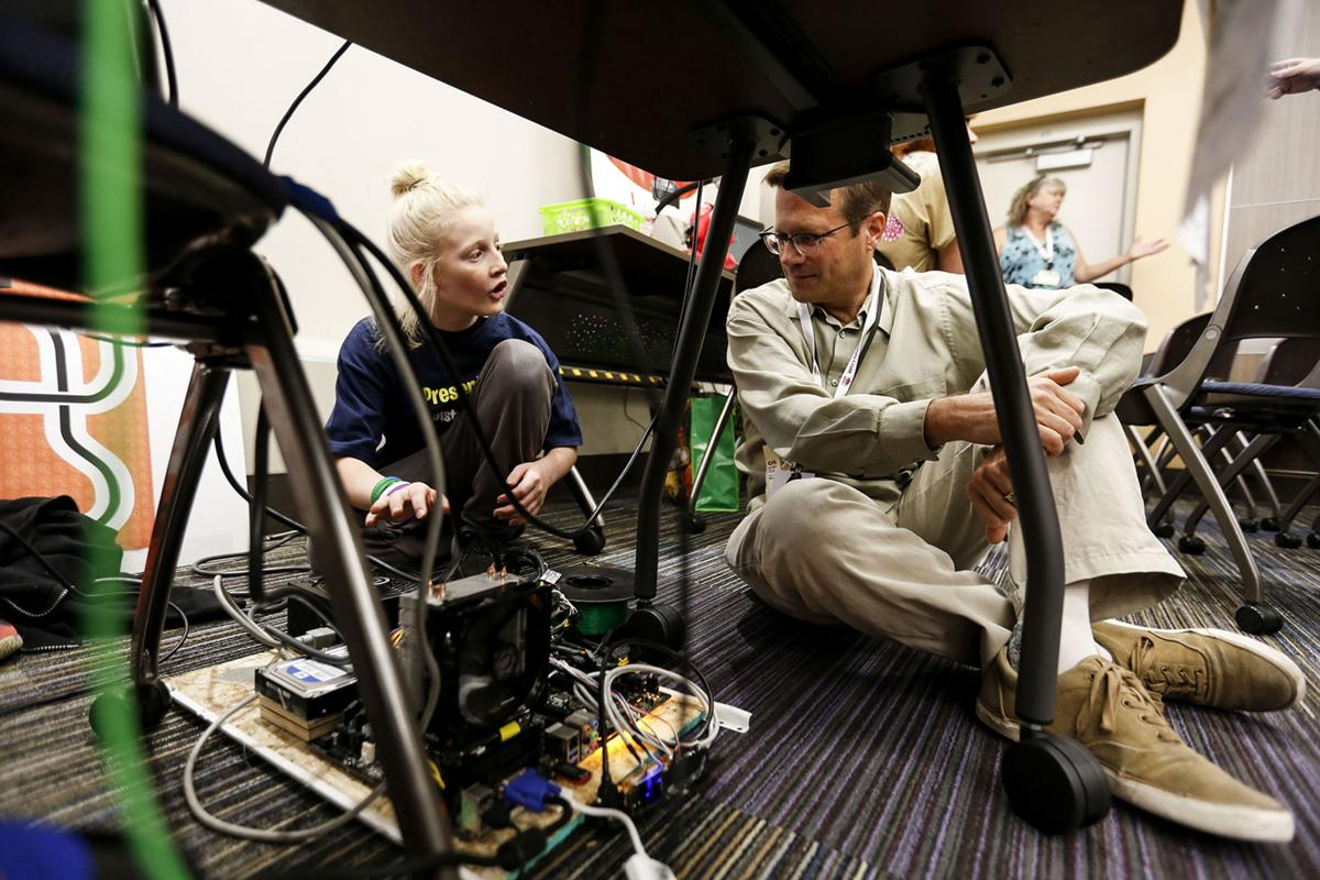 Students show off tech savvy at D51 Expo