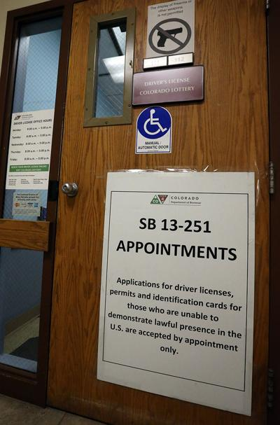 Measure seeks more offices for migrants' driver's licenses