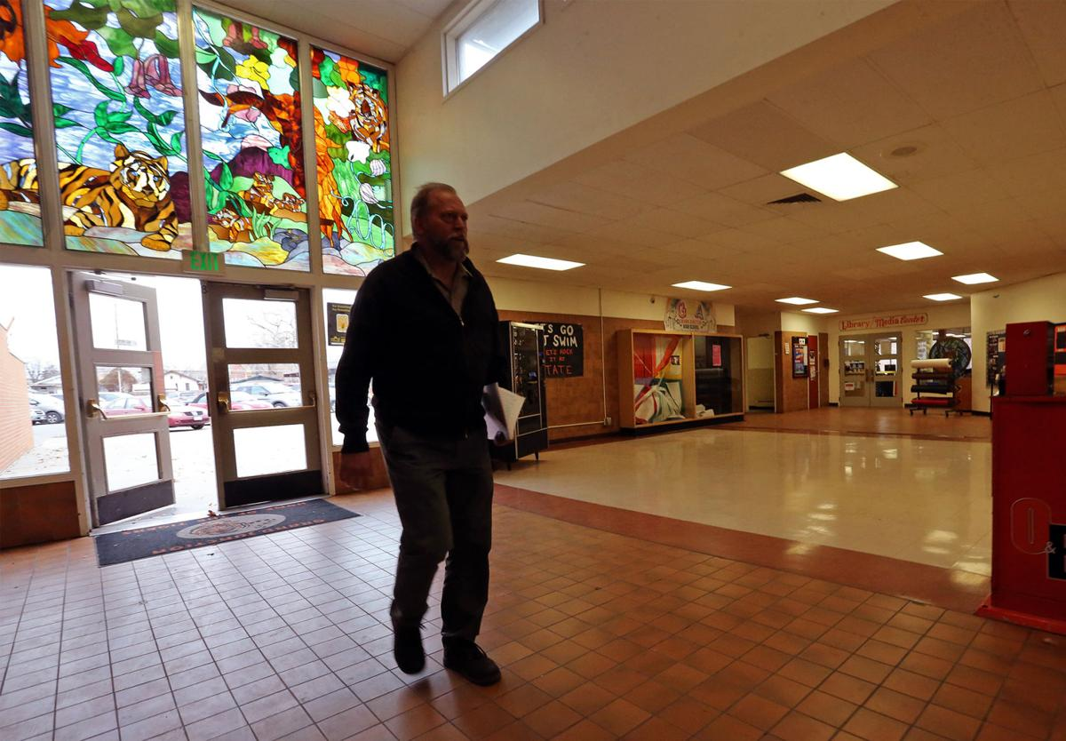 Board moves to replace Grand Junction High School
