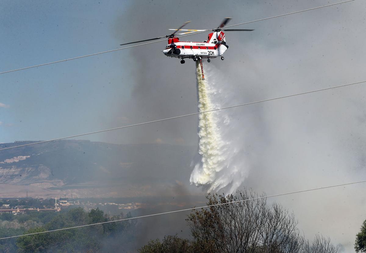 Redlands fire forces home evacuations