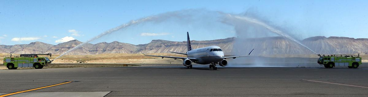 GJ welcomes first Chicago flight