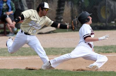 Palisade's hit parade leads to sweep of Huskies