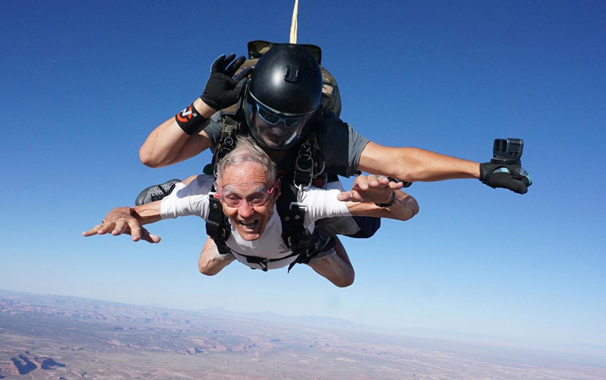 90-year-old takes first skydiving trip
