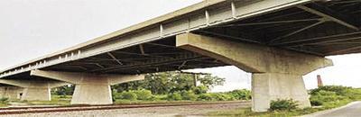Crews to remove bridge deck portion on the I-435