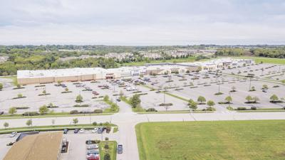 New stores to join Twin Creeks Center