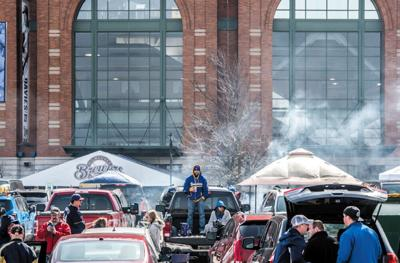 Milwaukee_Brewers_tailgating_Conley_file_photo