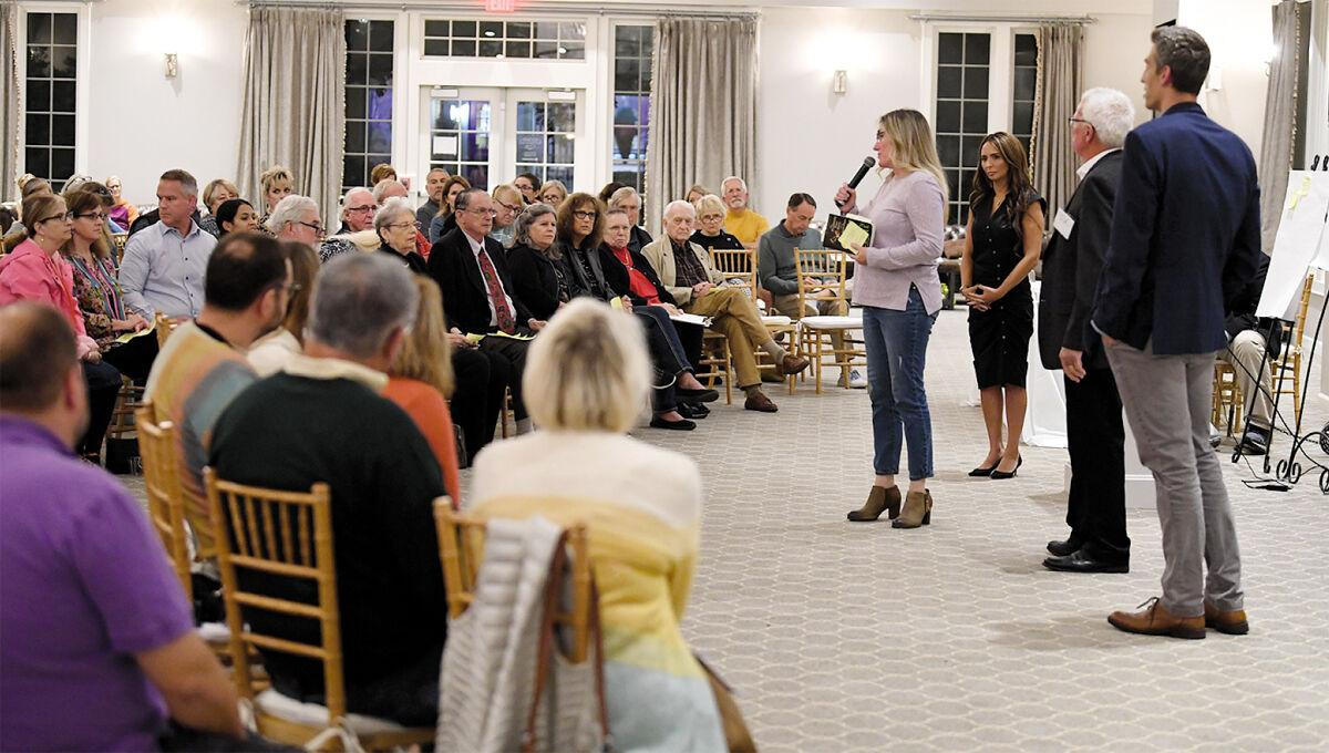 Parents attending Mequon-Thiensville recall event - 1