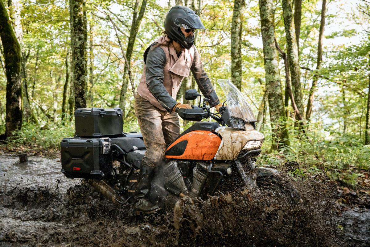 Harley-Davidson's newest bike built for on-and off-road riding - 2