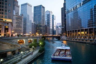 TRAVEL-UST-CHICAGO-TOURBOATS-TB