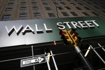 Wall_Street_Green_Sign_AP_FILE