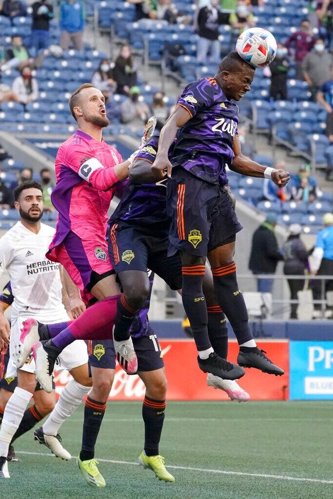 APTOPIX MLS Galaxy Sounders Soccer