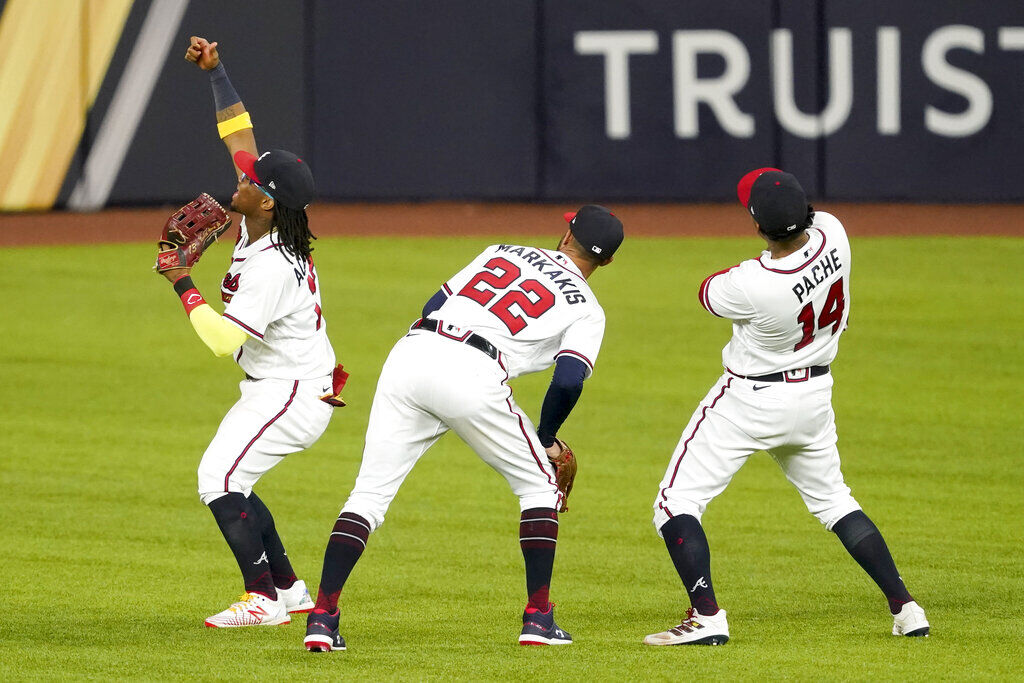 Braves 1 Win From Ws After 10 2 Win Over Dodgers In Nlcs G4 Sports Gmtoday Com