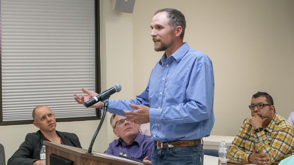 Davis Talks Evangelism and Discipleship