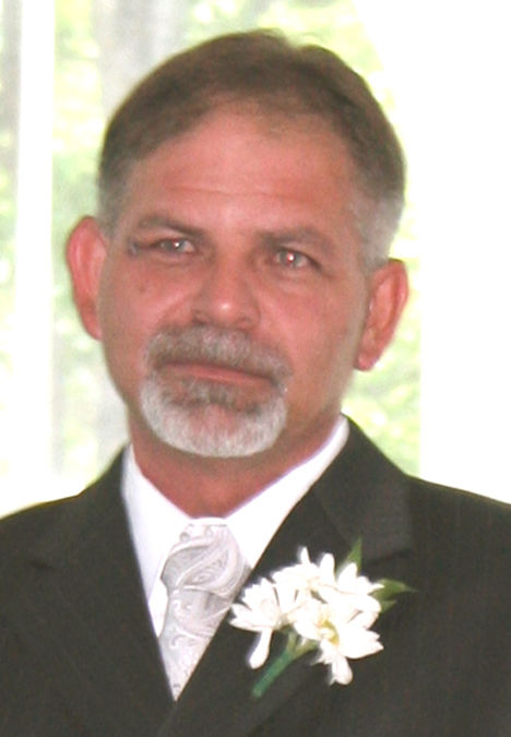 Wyatt Sr., Robert Lewis