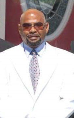 Tucker, Mr. Bernard Lee