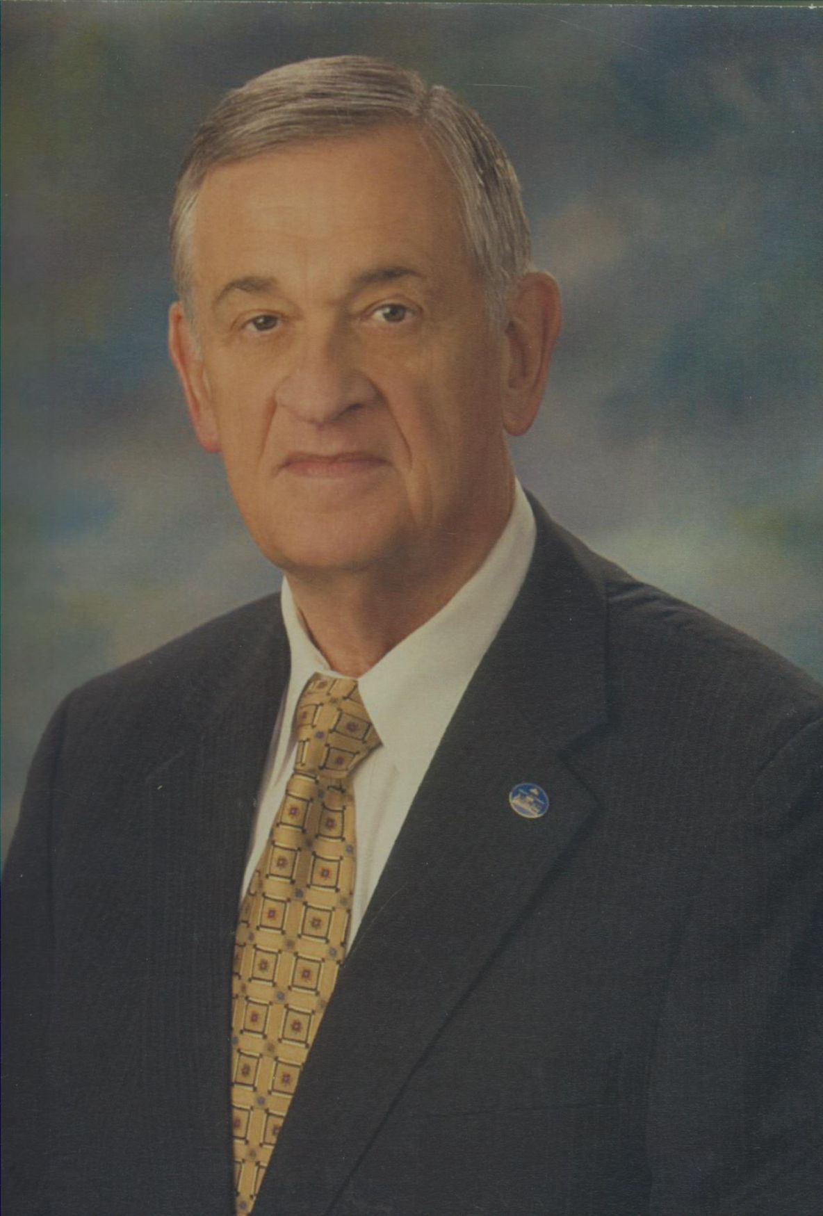 Campbell, Dr. Frank Ross