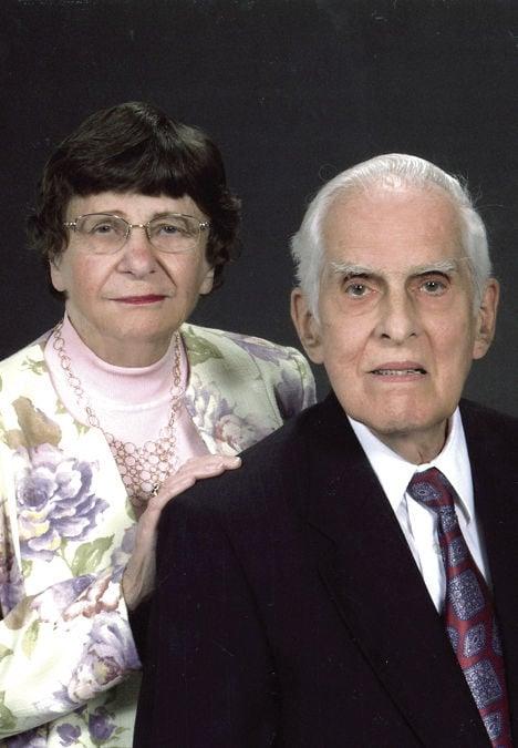Gusler, Julia Housman