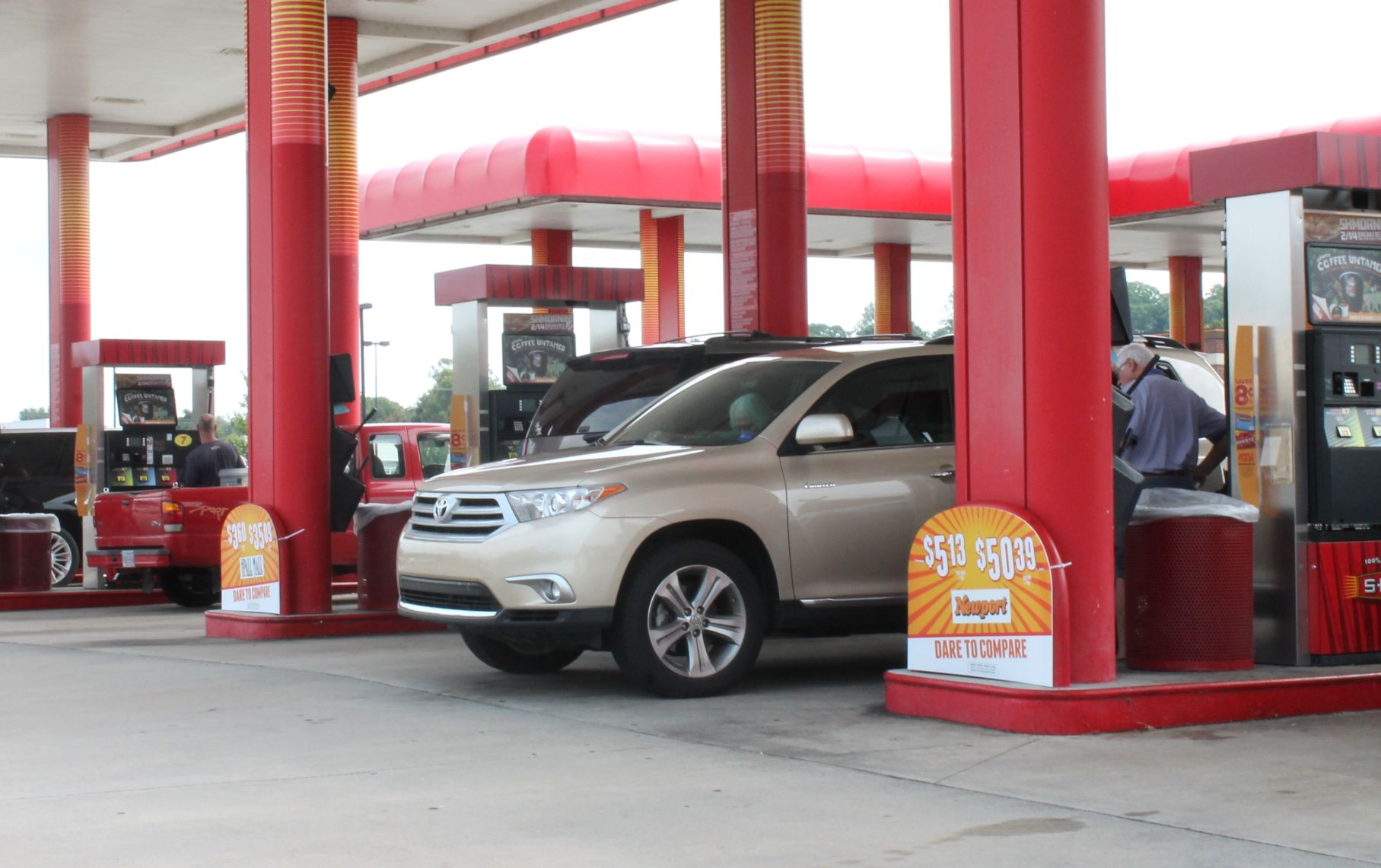 Hurricane Harvey's Reach Likely to Show Up at Gas Pumps