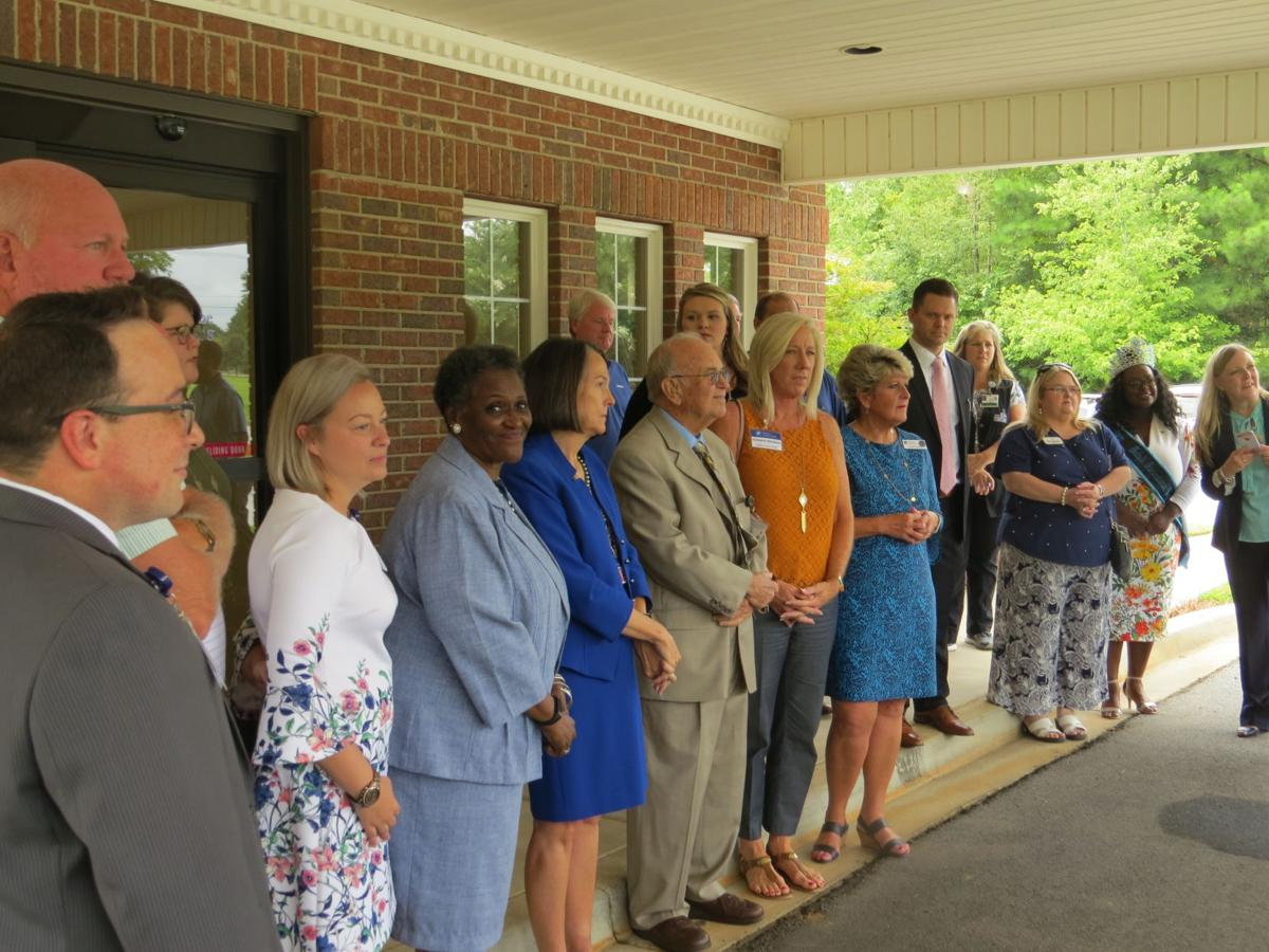 Hospice of Laurens County - Palliative Care Ribbon Cutting 010.jpg