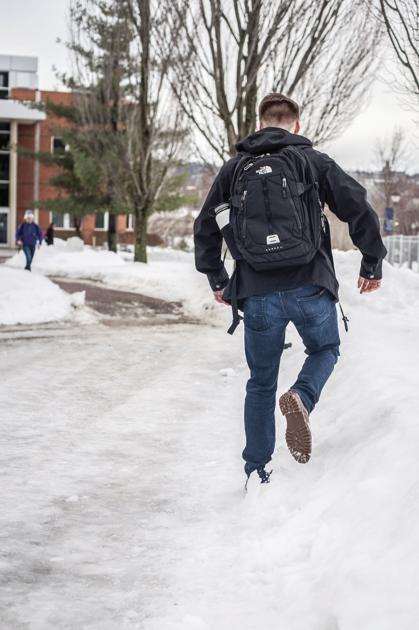 GU hit with surprise ice storm - The Gonzaga Bulletin ...