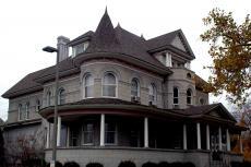 History of music mansion has hair-raising frights