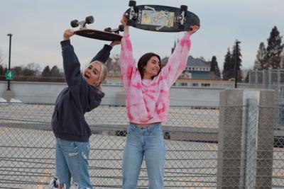 Womxn Skate