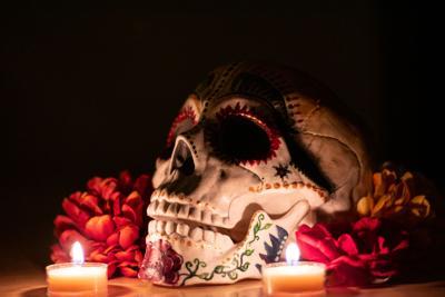 GU Dia de los Muertos