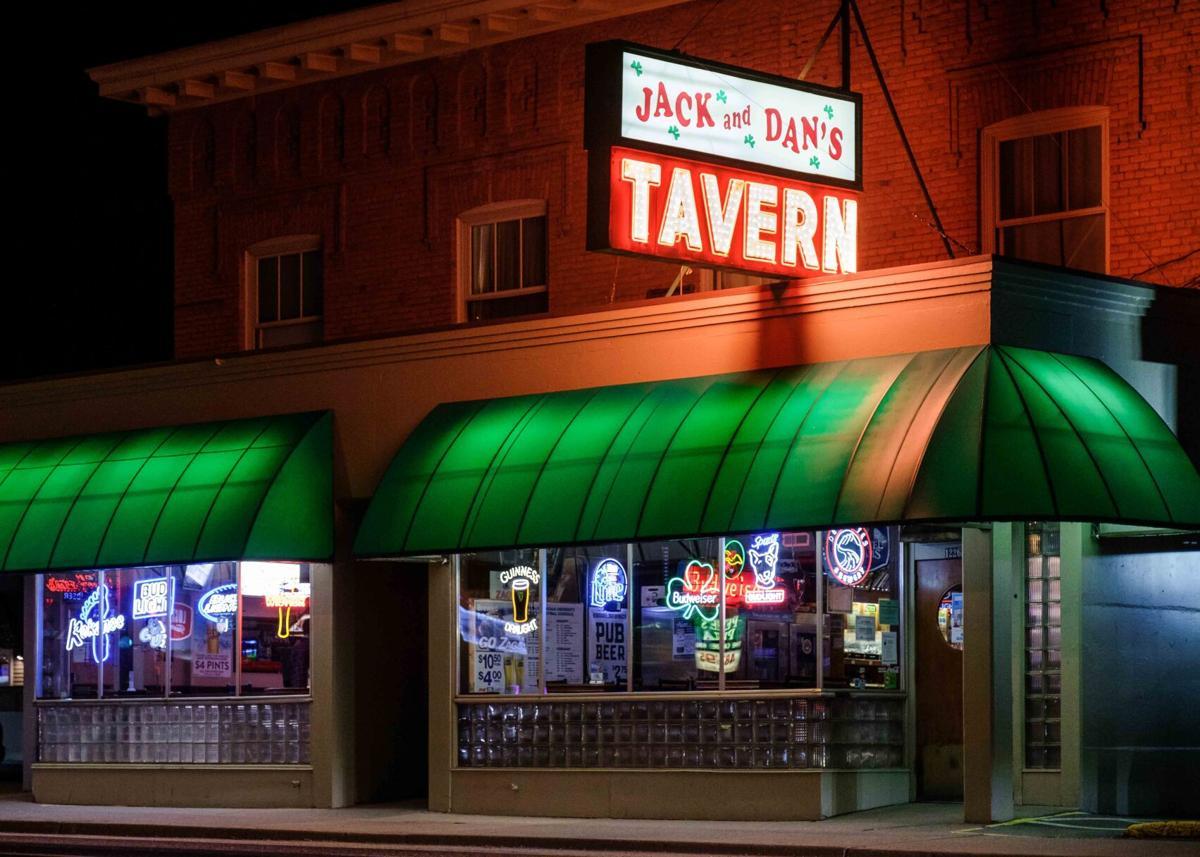 Jack & Dan's Bar & Grill