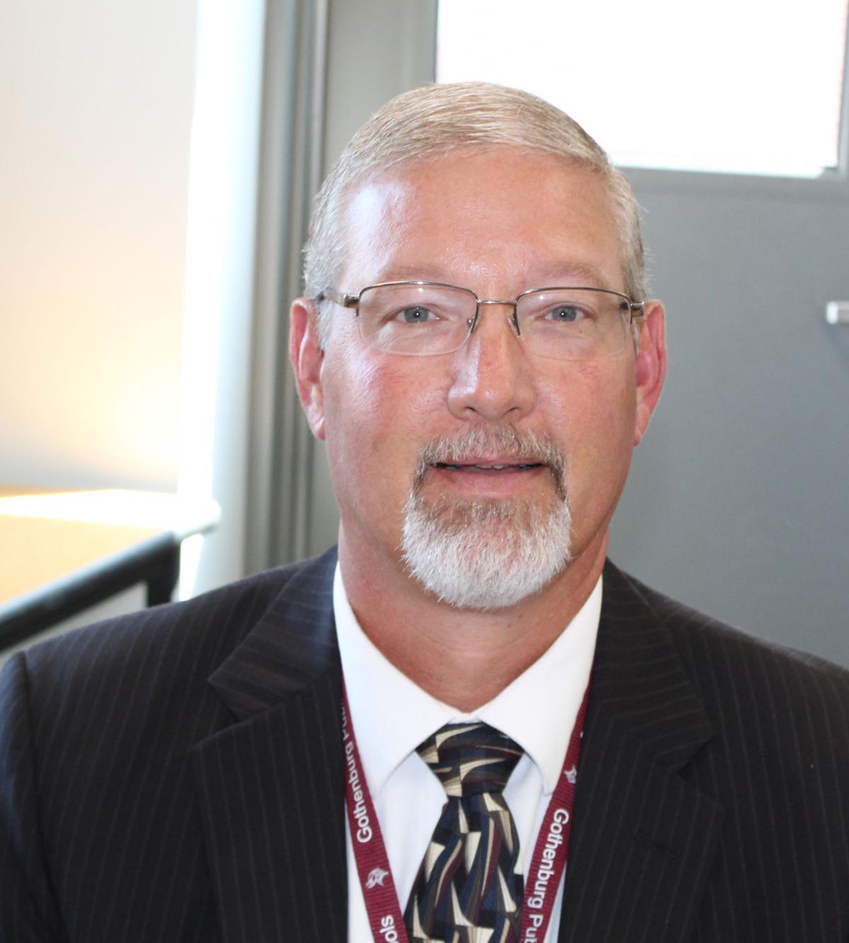 Dr. Todd Rhodes.jpg