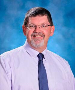 Greg Clay appointed Washburn School principal