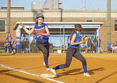 Lady Pioneers battle Lady Cougars