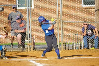 Lady Pioneers split games with Claiborne