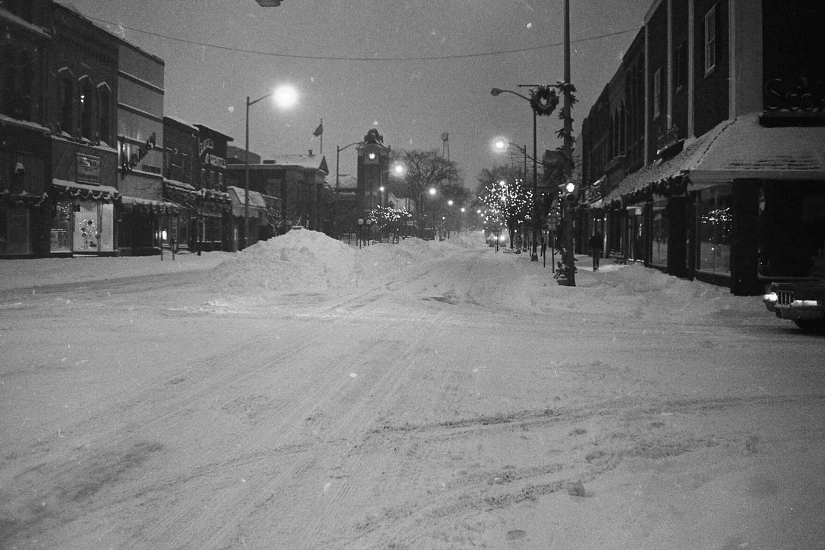 downtown snow 1.jpg