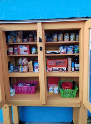 Teens give back to community through micro-pantry