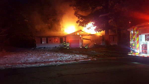 Fire at duplex in SL Township