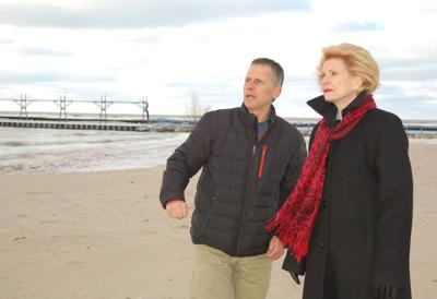 Stabenow tours south haven photo3