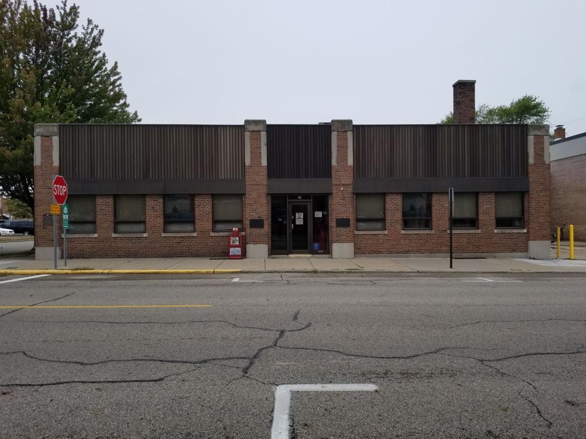 Tribune building front