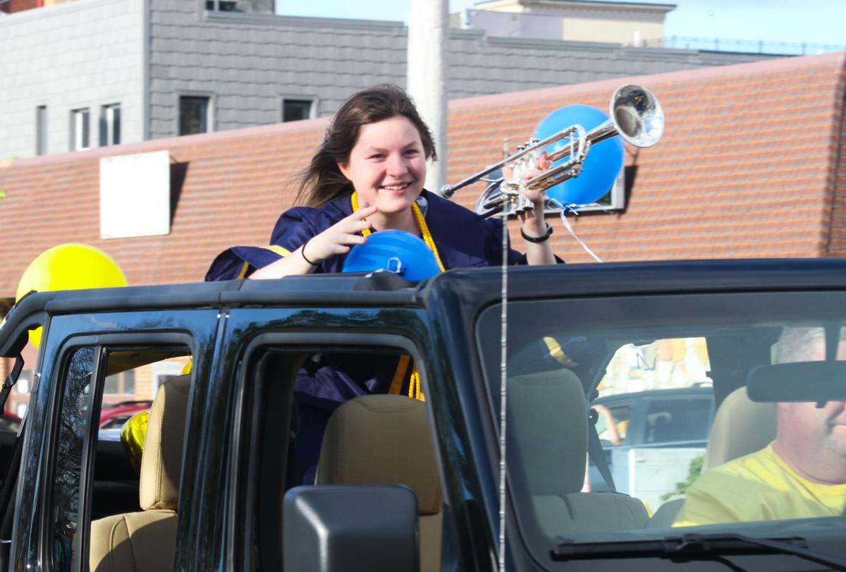 GH Grad Parade 2
