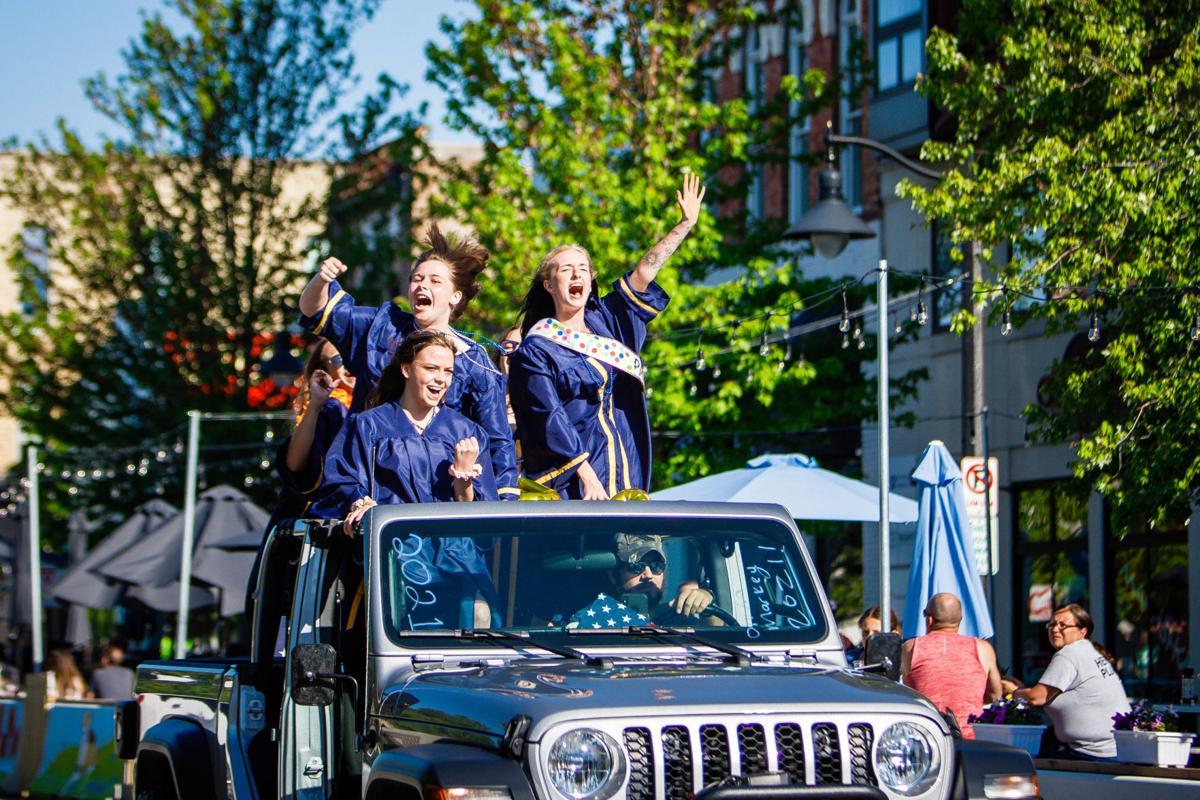 GH Parade 1.jpg