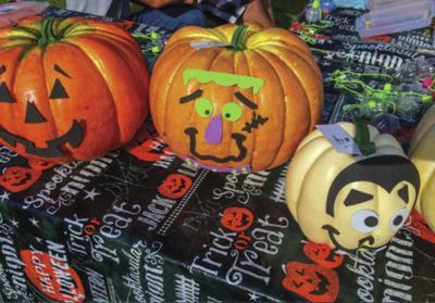 Saturday farm market offers free pumpkins for kids