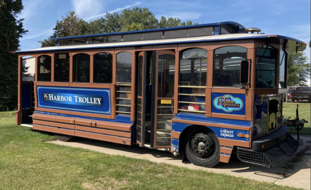 trolley 001