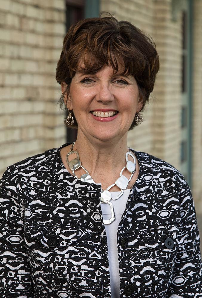Community foundation names interim leader