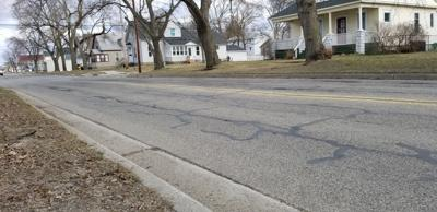 1 Road reconstruction contract entered