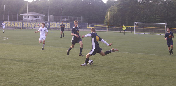 Grand Haven, Caledonia battle to draw