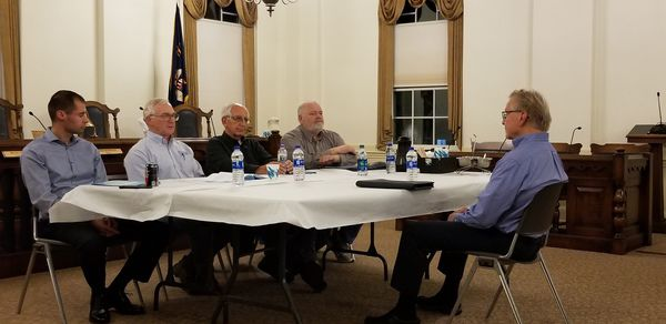 City Council interviews candidates for open seat