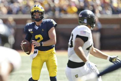 Seidel: Michigan football's 'Speed in Space' offense more like 'Fumbles and Frustration'